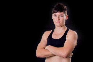 Stephanie Quaile signs with EFC and will face Amanda Lino at EFC 38 from Durban as they both are making their professional debut.
